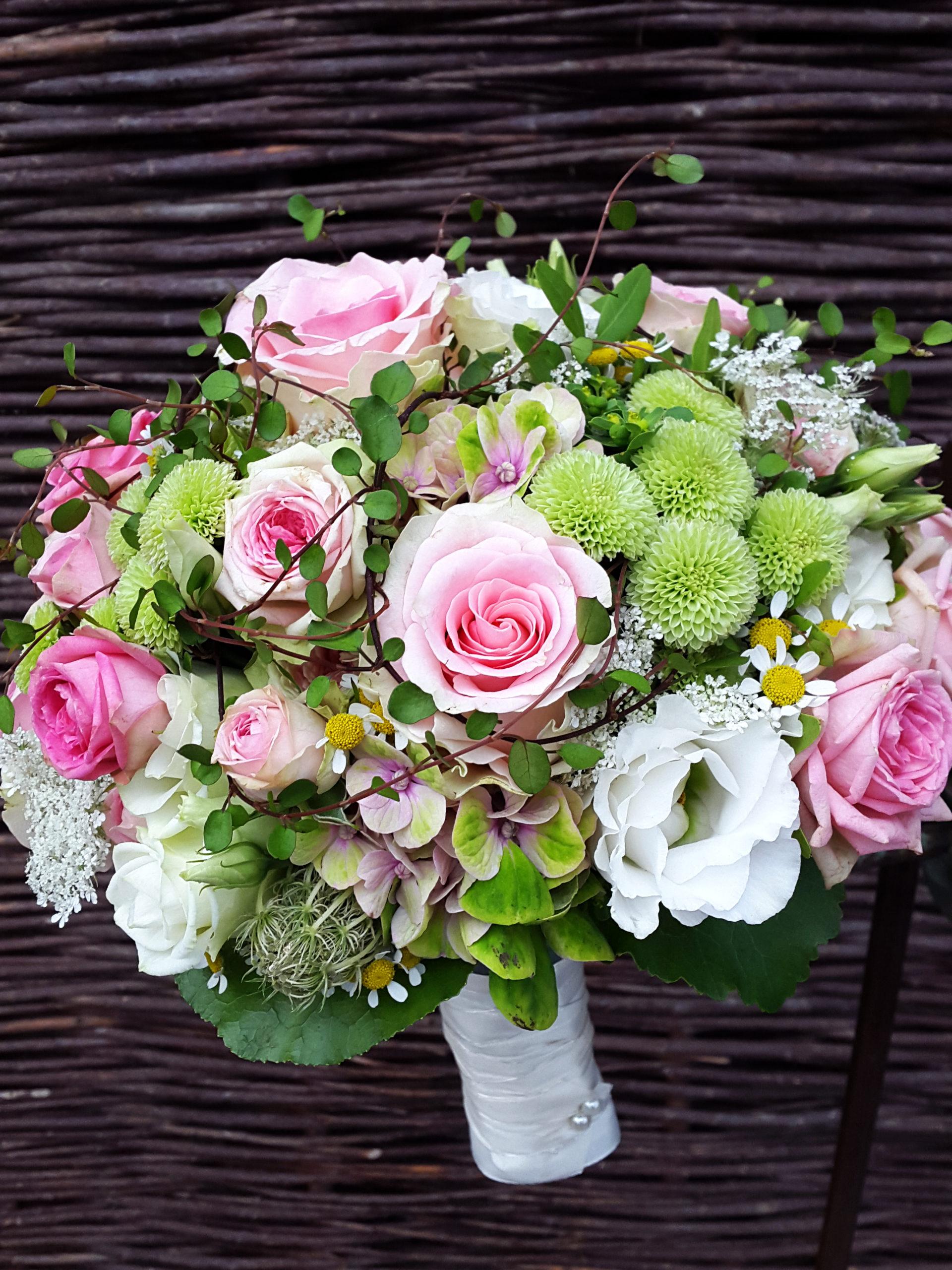 Brautstrauß Rosa Und Grün