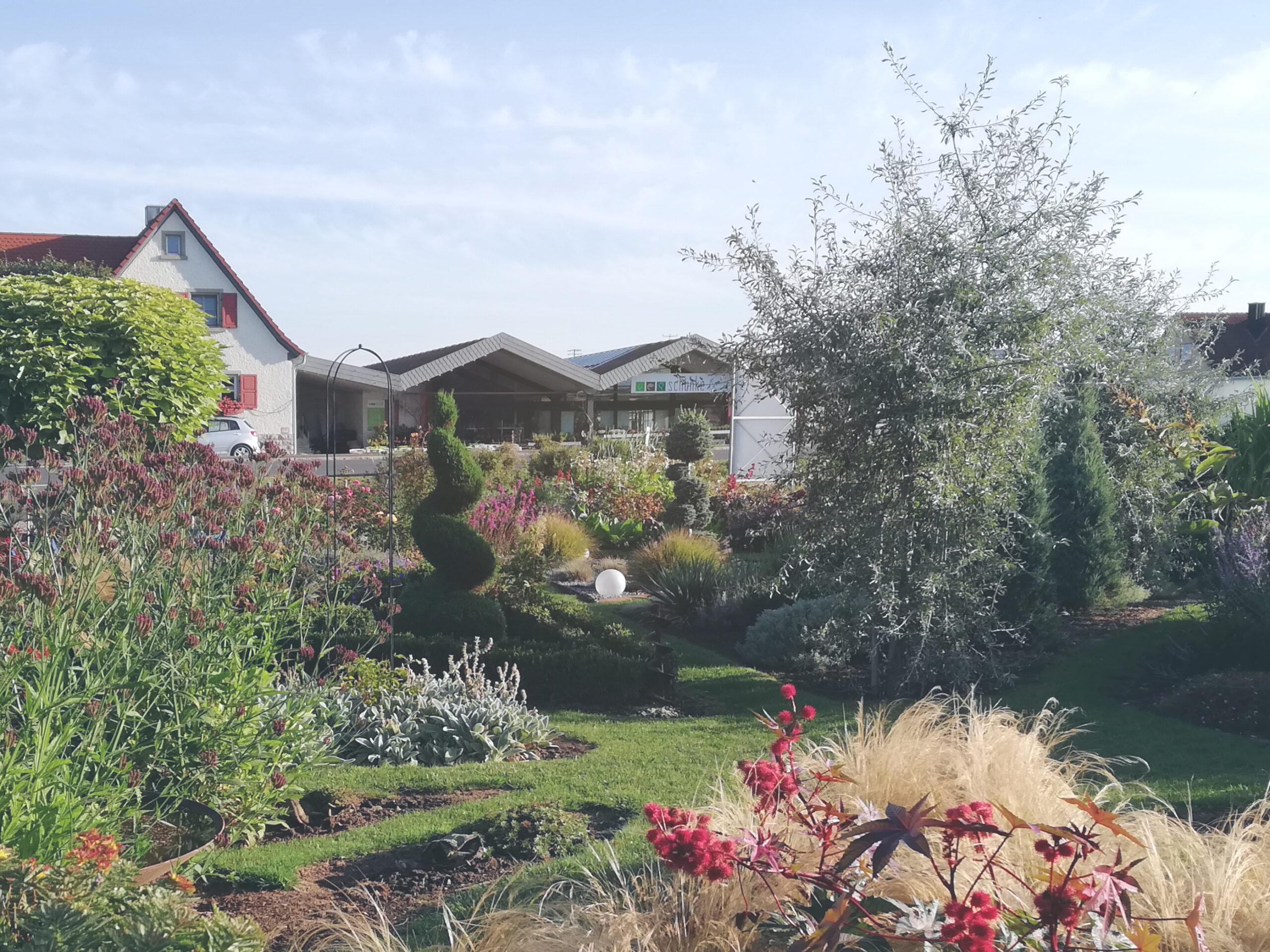 Gärtnerei Schunke mit Garten und Eingang