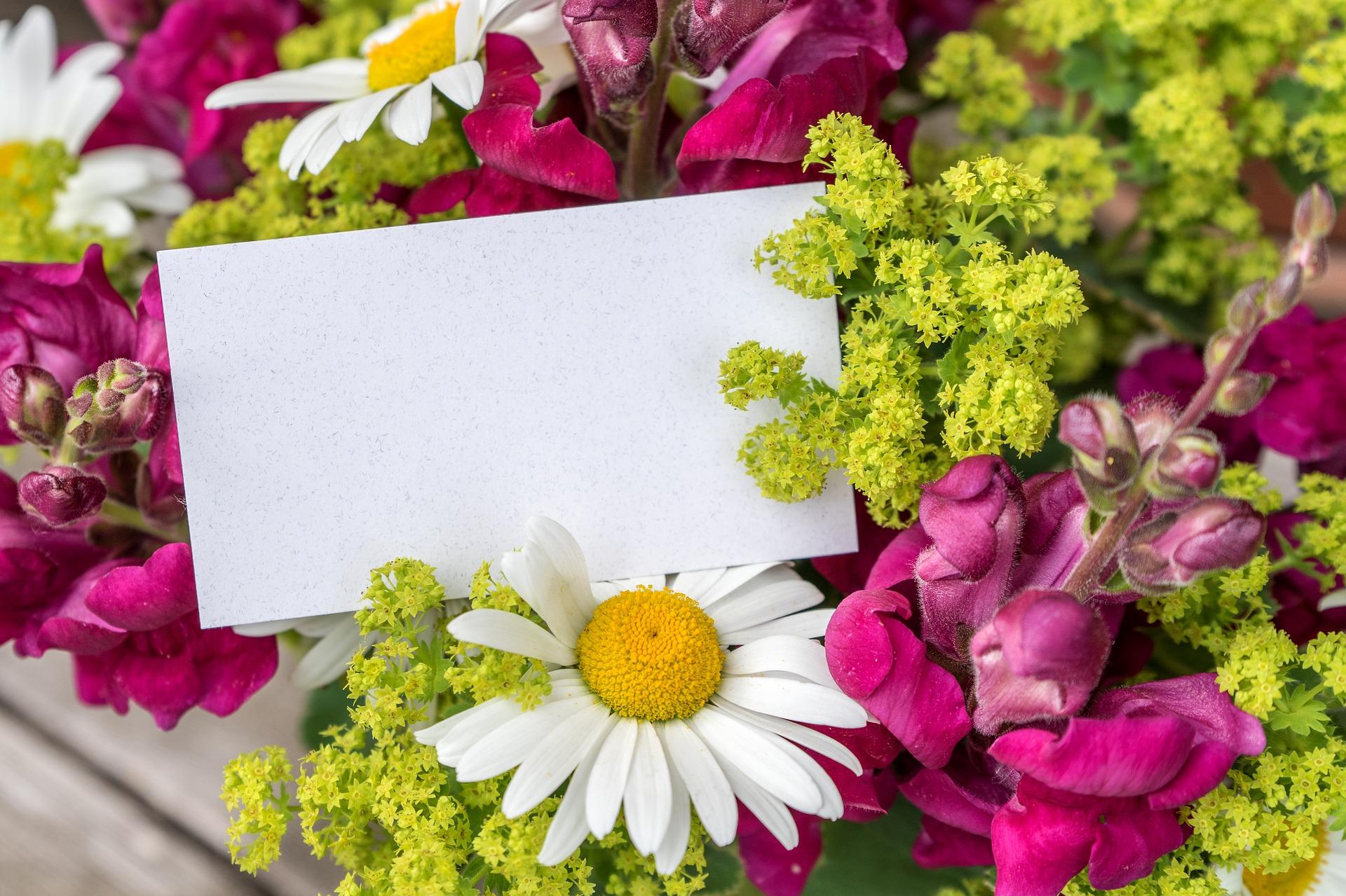 Glückwunschkarten mit Blumen