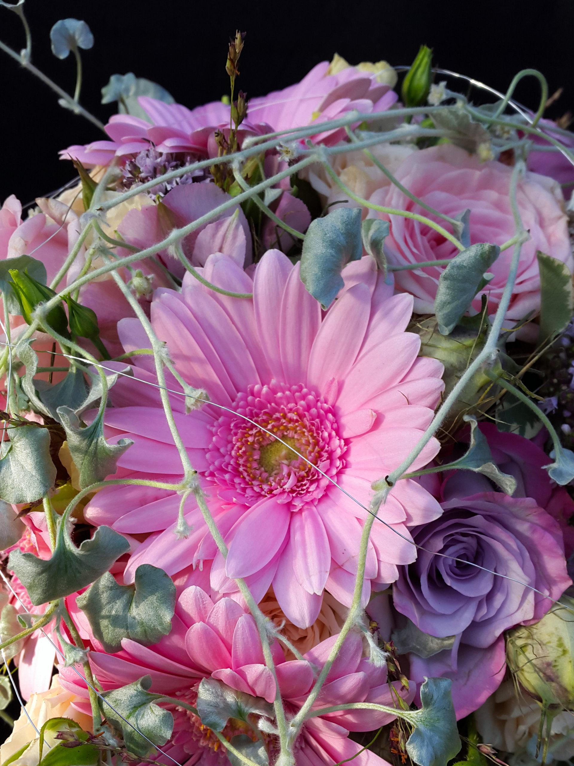 Romantische Pastelltöne Für Den Brautstrauß